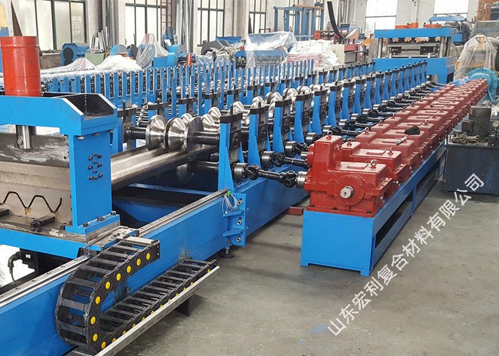 pl21205002-thrie_beam_highway_guardrail_roll_forming_machine_with_servo_flying_cutoff.jpg